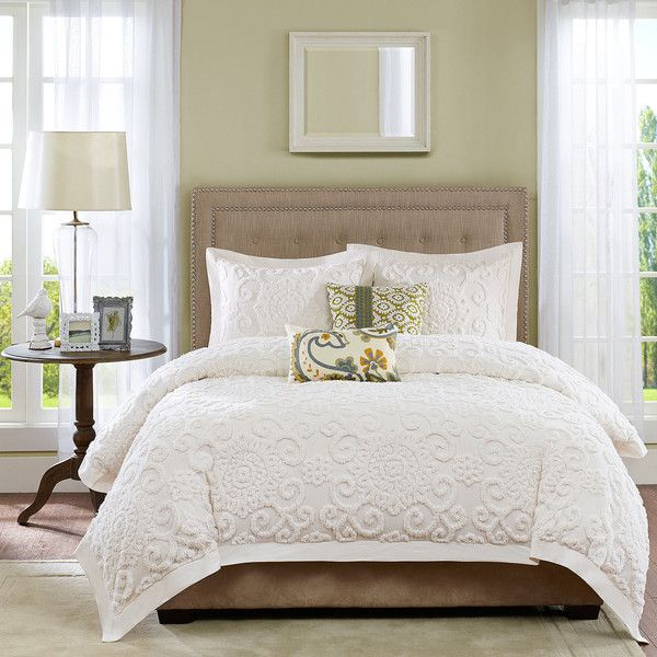 Harbor House Suzanna 3-pc. Comforter Set (320 CAD) ❤ liked on Polyvore featuring home, bed & bath, bedding, comforters, white pillow shams, king pillow shams, medallion comforter, white comforter sets and king size pillow shams