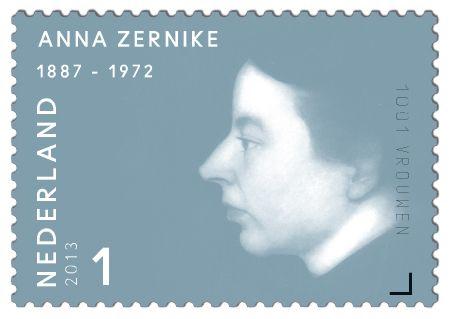 Zernike, Anne (Amsterdam 1887 – Amersfoort 1972). Vrijzinnig theologe, eerste vrouwelijke predikant van Nederland. In 1911 werd ze beroepen door de doopsgezinde gemeente van Bovenknijpe (Friesland). Anne Zernike trouwde in 1915 in Schoterland met de kunstschilder Jan Mankes. Vanwege haar huwelijk moest ze het ambt neerleggen.     http://collectclub.postnl.nl/pages/detail/s1/10220000001805-2-21010000000080.aspx
