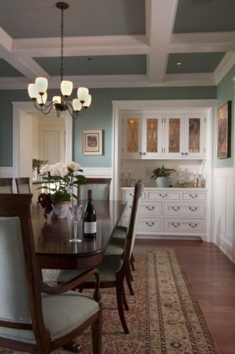 prettyDining Rooms, Wall Colors, China Cabinets, Built In, Design Ideas, Future House, Painting Colors, Cabinets Design, Traditional Dining Room
