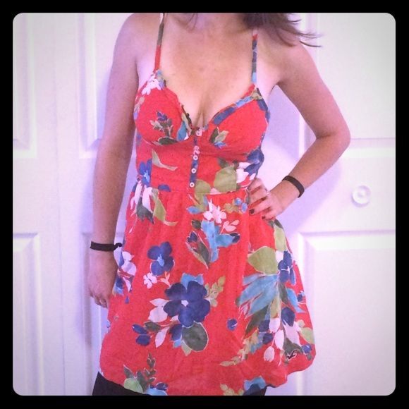 Red floral dress Red floral dress, NWOT Hollister Dresses Midi