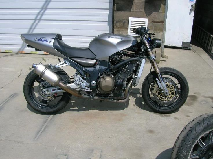 FS: 2000 Kawasaki Zx12R streetfighter - REVscene Automotive Forum