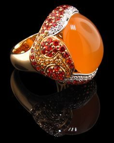 Discover an orange world of inspirations at http://insplosion.com/inspirations/