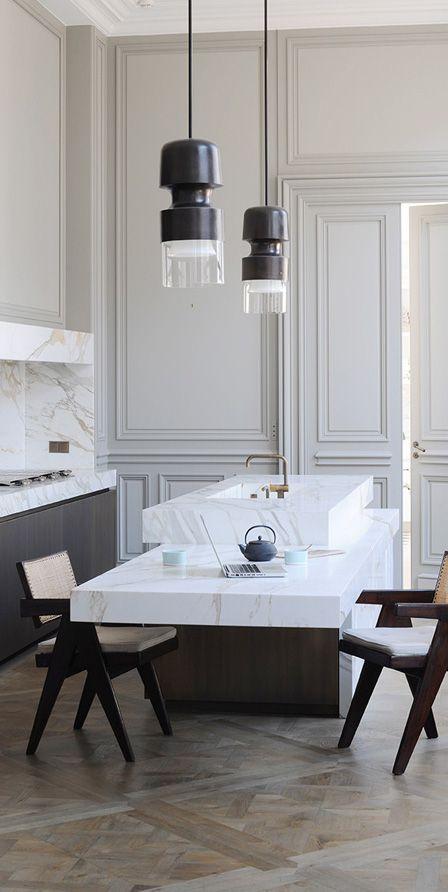 BeBItalia FEEL 1- lower counter to eat 2- white marble 3- no overhead cabinet…