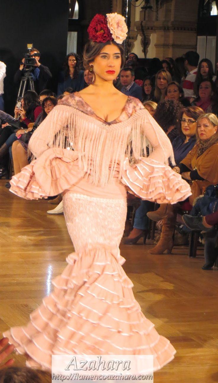 #Vestido de #flamenca de la diseñadora #Carmen Acedo en #Weloveflamenco2015