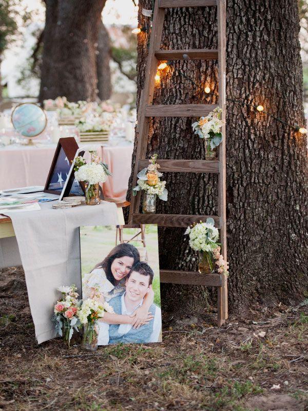 LOVE the ladder!: Ladder Decor Wedding, Wooden Ladder, Mint Green, Rustic Wedding Receptions, Ranch Wedding, Ranch Life, Country Decor, Rustic Chic, Country Receptions Decor