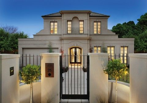 Classical French provincial style home in Bayside Melbourne