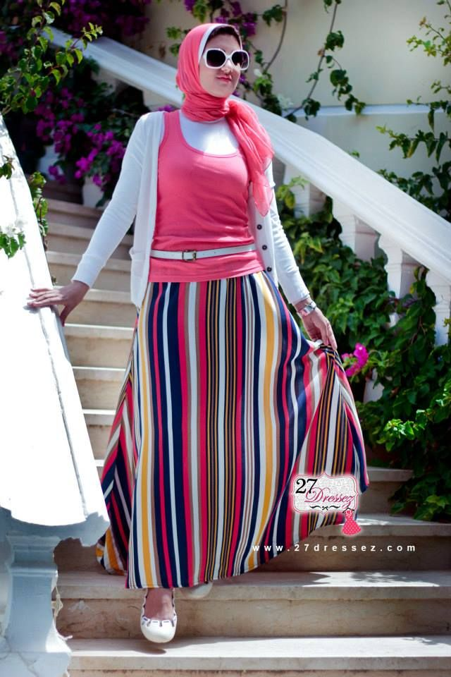 stripe maxi skirt  Hijab casual outfits by 27dressesz http://www.justtrendygirls.com/hijab-casual-outfits-by-27dressesz/