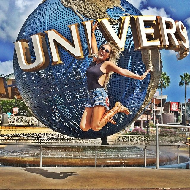 "Bruna Manzon ⭐️ no Instagram: ""Because I'm happy ☀️ @universalorlando #happy…"