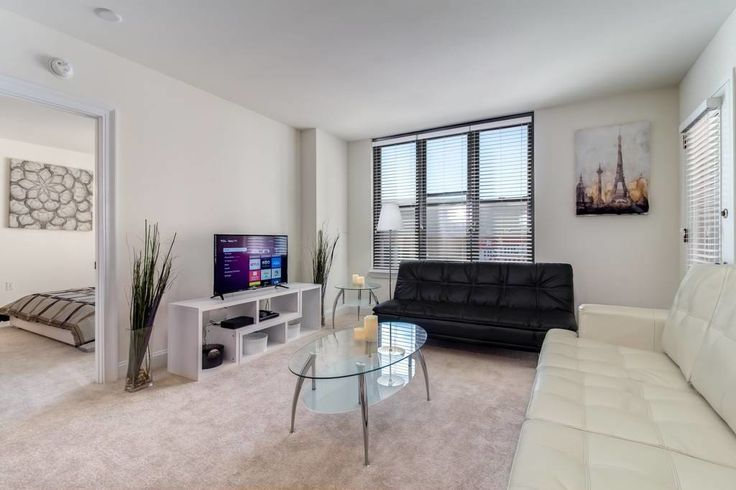 Apartment in Washington, United States. 2 Bedroom, 2 Bathroom, Sleeps 6: Max 5 Adults and 1 Child (not more than 12 yrs old)  A gorgeous apartment located in the heart of the City. Walking distance to metro/subway station and most of the tourist destinations and landmarks in Washington....