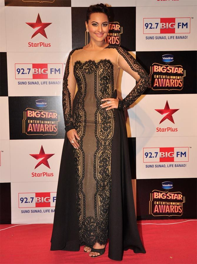 Sonakshi, Mallika, Nargis: The WORST red carpet styles? VOTE! - Rediff.com movies