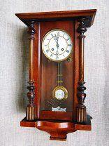 Часы старинные настенные с боем. Германия.