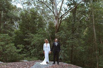 long sleeve wedding dress white gown deep v neck wedding dress cool bridal front split wedding dress