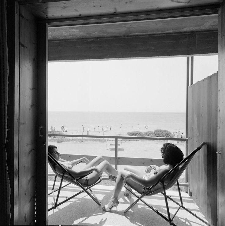 """Asteras"" beach, Vouliagmenis,1961 Photo by Dimitris Harissiadis. The Benaki Museum Photographic Archive"