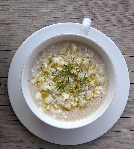 zuppa di cavolfiore con pere e castelmagno