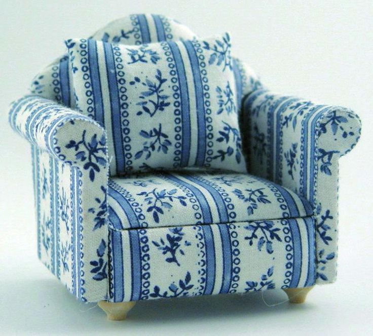 12th Scale Dolls House Blue Armchair DF889 | Hobbies | Streets Ahead