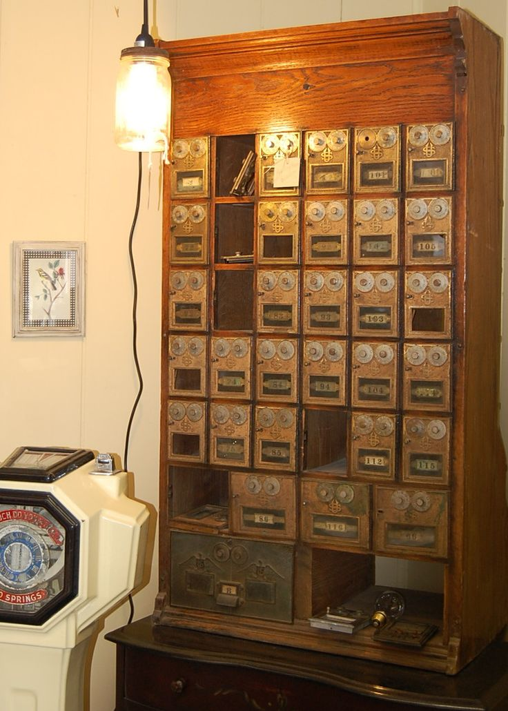 office vintage boxes post