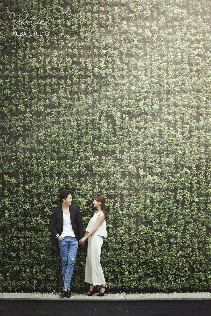 Korean wedding stage decoration   best  PHOTOSHOT  images on Pinterest  Wedding photoshoot