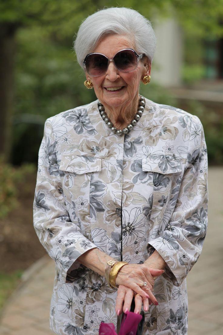 Best 25 Old Women Ideas On Pinterest  Old Faces, Happy -3576