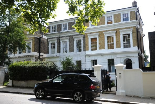 Amy Winehouse home for sale!!!!