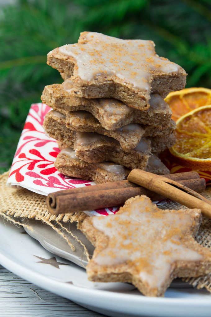 These vegan orange cinnamon Christmas cookies are part of an online gluten-free and vegan holiday cookie party! They're super delicious and easy to make!