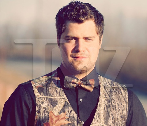 Levi Johnston Wedding Pics: Camouflage Tux? Sunny Oglesby Cleavage? Check and Check!