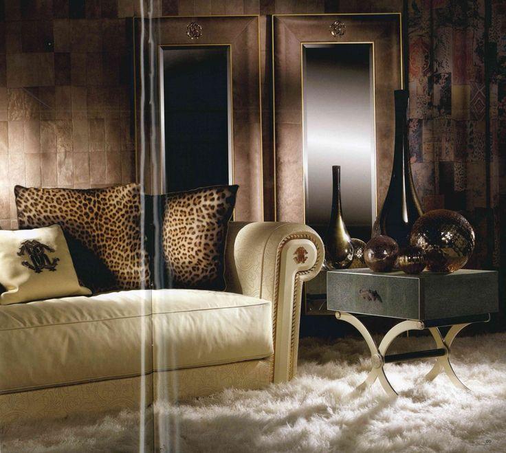 pelle- leather- leather tuscany- pelle texture-materiali-materials- luxury- lusso- arredo-furniture-furnishing- cantu- arredamento-complementi-complementi d'arredo CAVALLI-ROBERTO CAVALLI INTERIORS-WEVUG-GRANDI NOMI PER INTERNI-GLA_010