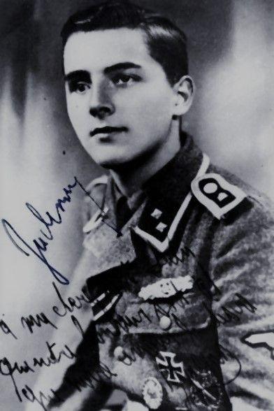 """SS-Untersturmführer Jacques Leroy (1924-1996), Führer 1./SS-Freiwilligen Grenadier Regiment 69 """"Wallonie"""", Ritterkreuz 20.04.1945"""