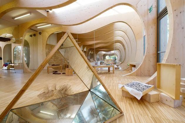 """L'asilo """"balena"""" a Guastalla (Reggio Emilia): un esempio concreto di architettura sostenibile. - http://www.chizzocute.it/asilo-balena-guastalla-reggio-emilia-esempio-architettura-sostenibile/"""