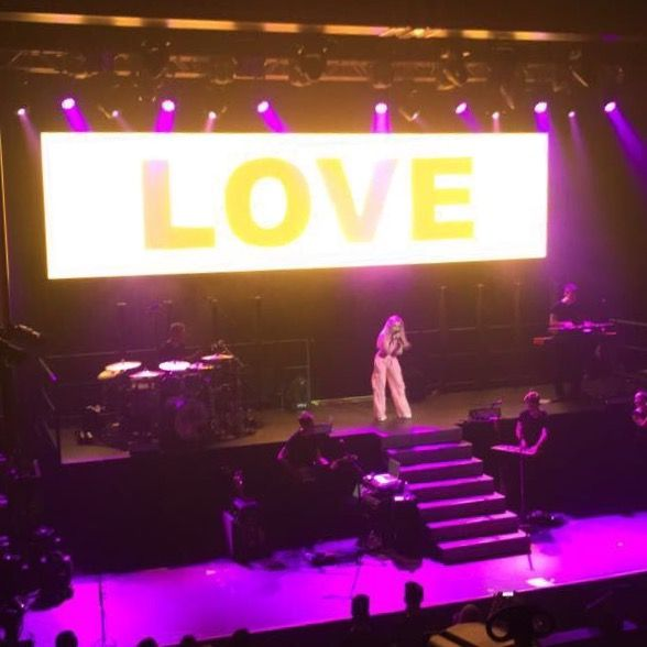 "2017 Sabrina Carpenter reveals ""new"" two-level set with front and back stairs, and a wide video screen above the band for Summer The De-Tour 2017 @ Vancouver, BC (photo: Brittany Amber Lynn)"