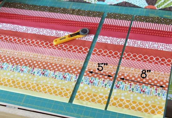 tutorial. Strip and flip baby quilt. Cluck cluck sew.