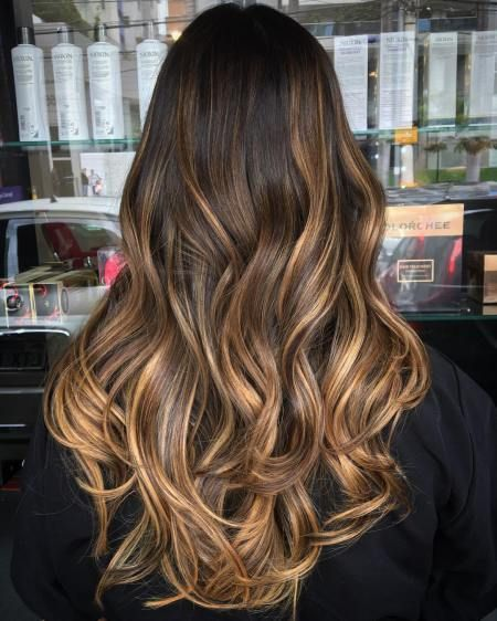 dark brown hair with golden brown bayalage ombre highlights