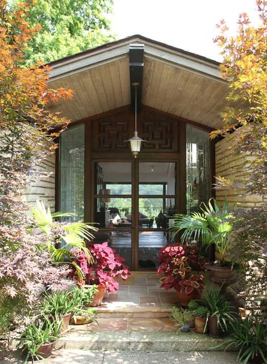 "Amy Butler's ""midwest modern"" home in Granville, Ohio. Possibly the most beautiful entryway I have ever seen."