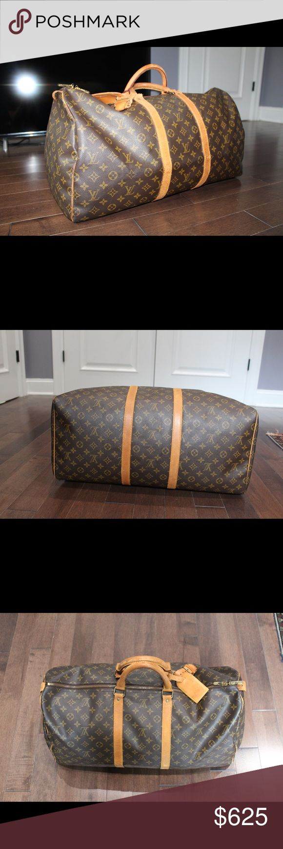 Louis Vuitton keepall 55 It's a vintage keepall in good condition, has minimal marks, wear in the handles. as seen in the pictures, as you can see not bothersome. Interior is very clean. Perfect for carry on/traveling. Does not come with dust bag. Louis Vuitton Bags Travel Bags