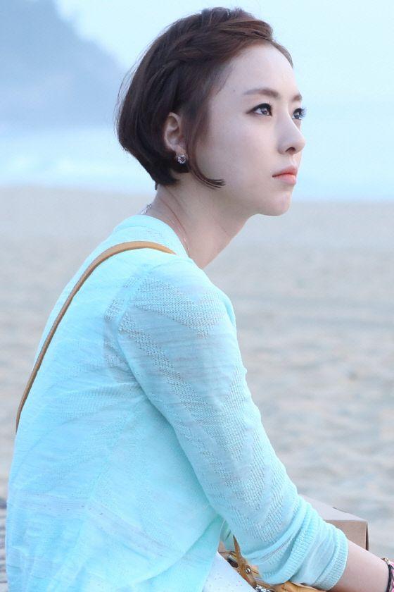 SBS '너의 목소리가 들려'(이하 '너목들')에서 서도연 검사를 열연해 데뷔 11년 만에 스타덤에 오른 이다희(28)가 여세를 몰아 공백없이 안방극장을 다시 찾는다.