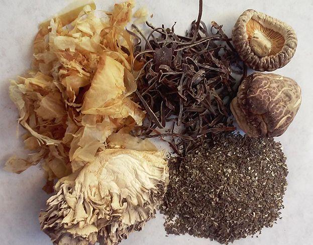 japanese-seaweed-bone-broth
