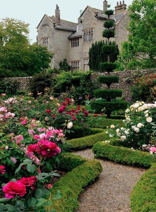 Haddon Hall - Derbyshire, UK #gardendesign
