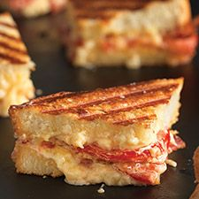 Pain de Mie Grilled Bacon, Tomato, and Pimento Cheese : King Arthur Flour