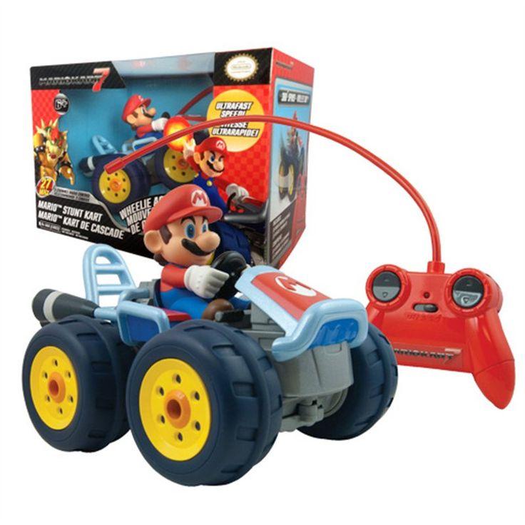 TOMY MARIO KART RC CAR ULTRA Pronti a scatenarvi in compagnia del mitico Super Mario, con una vettura radiocomandata ispirata alla popolare serie Mario Kart? Create ostacoli e percorsi off-road come nel videogame, e destreggiatevi tra appassionanti gare - Maggiori dettagli: http://www.thegameshop.it/it/peluche/545-tomy-mario-kart-rc-car-ultra-0053941130275.html