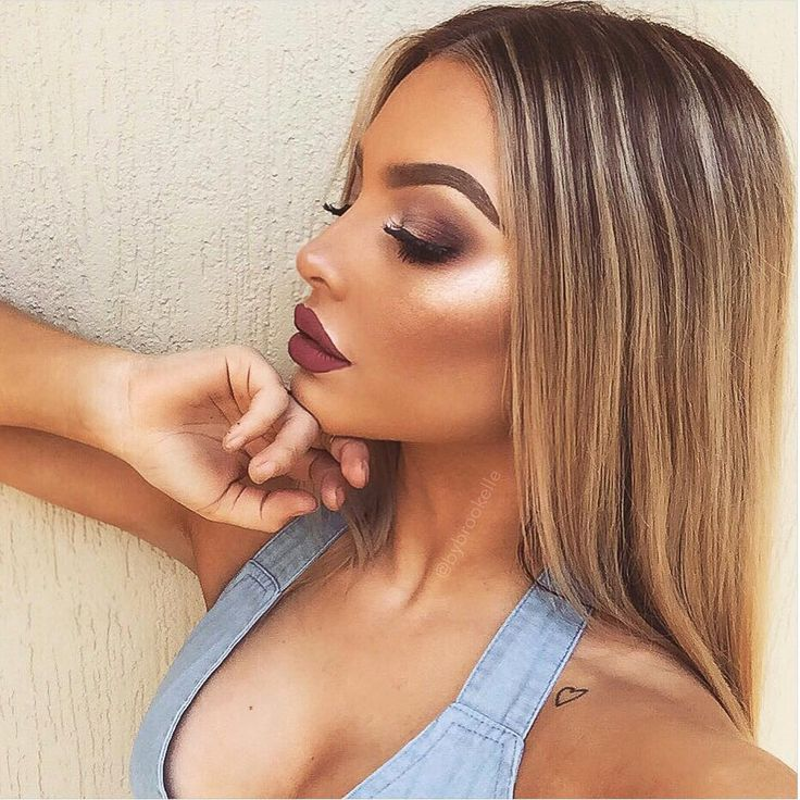 love the bold highlight + contour on this. Stunning brows, eyeshadow and lips, they complete the full makeup look