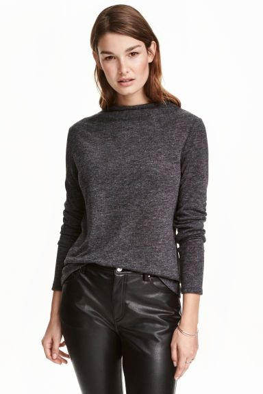 Turtleneck top: Long-sleeved, turtleneck top in soft jersey.