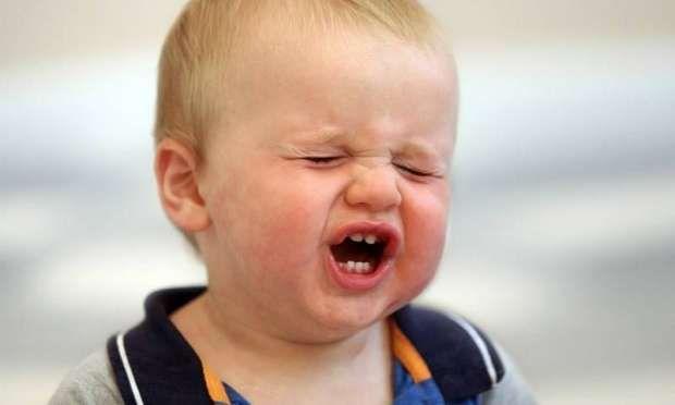 Yapılan araştırmalar neticesinde birden çok taşınmalarda çocukların okul başarılarının  da etkilendiği, arkadaşlık kurmakta problemler yaşadığı gözlemlenmiştir. Çocuklar her zaman sıkıntılarını sözel ifade etmezler, regresif yani geriye dönük davranışlar çocuklardaki duygusal zorlanmanın net bir göstergesi olabilir.  Alıntı : http://www.enakliyatplatformu.com/Tasinmanin-Cocuklar-Uzerindeki-Etkileri-34
