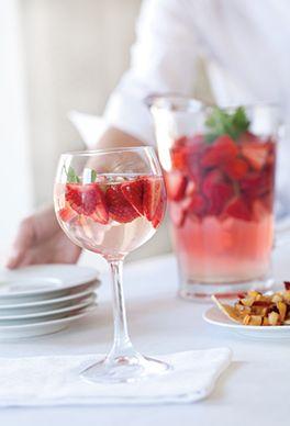 Strawberry Mint Mojito image