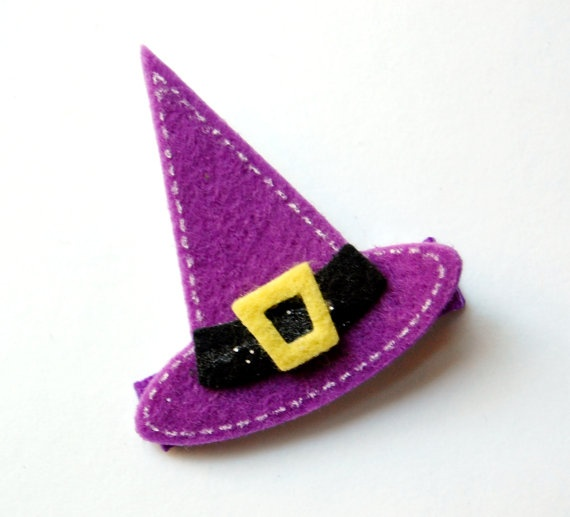 I *need* this for Chloe's first Halloween!!
