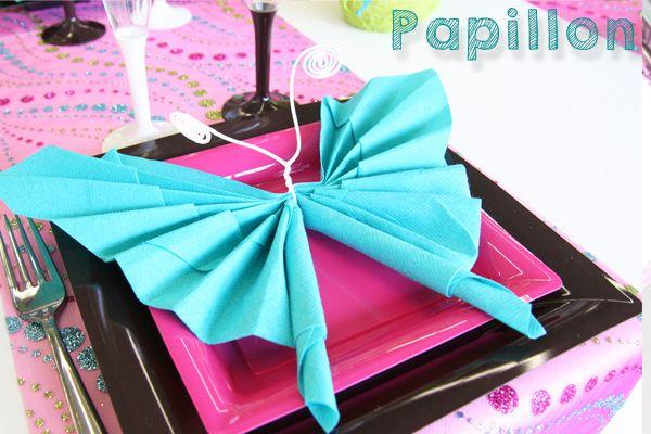 pliage de serviettes en forme de papillon 1 re communion pinterest videos and papillons. Black Bedroom Furniture Sets. Home Design Ideas