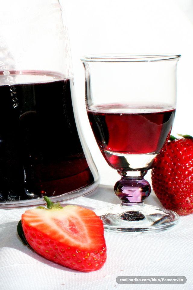 Liker od jagoda — Coolinarika