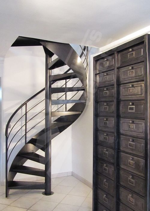 41 best un escalier en acier et b ton laissez monter le. Black Bedroom Furniture Sets. Home Design Ideas