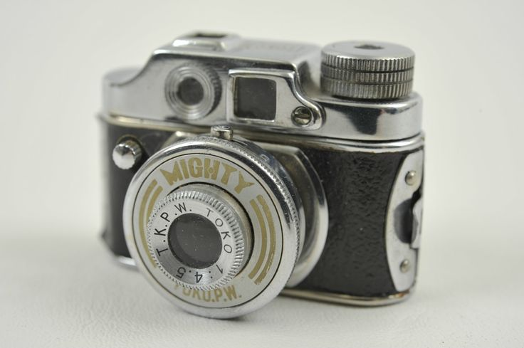 "Mighty Toko Subminiature Camera ""Made in Occupied Japan"" 