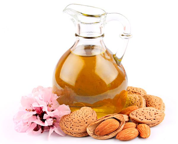 Almond oil, beneficial for you and your skin!