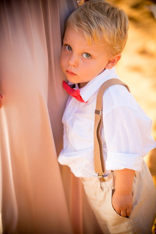 Sean Michael Hower Wedding Photography and Videography - Hawaii Photographers - Close-up ring bearer wedding photo