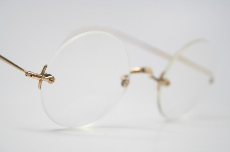 Rimless Round Eyeglass Frames : Vintage gold round Rimless saddle bridge eyeglasses I ...